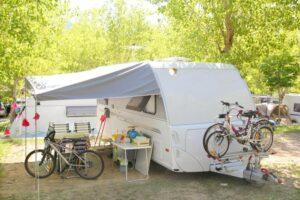 oppustelige campingmøbler
